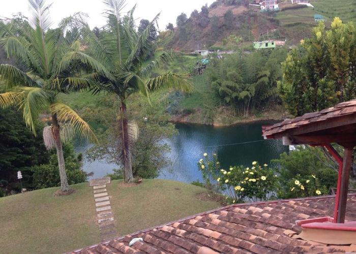 ¡FANTÁSTICA! Así es nuestra sede campestre situada en EL PEÑOL. Operamos eventos en Bogotá, Medellín ¡y toda Colombia!