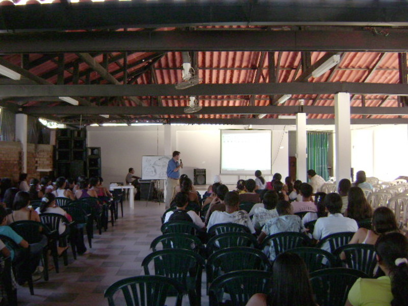 Conferencia: El sentido de la responsabilidad | Colegio Santa Teresa, Puerto Asís