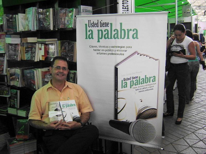 ¡USTED TIENE LA PALABRA! Curso de excelencia en oratoria y presentaciones de alto impacto